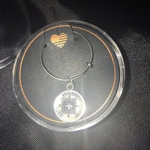 NEW AUTHENTIC ALEX N ANI RING